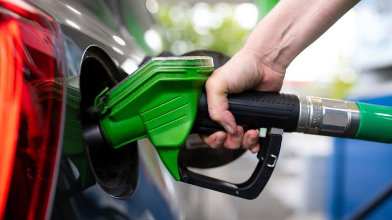 Konec levného benzínu a nafty. Ceny pohonných hmot v Česku začínají stoupat