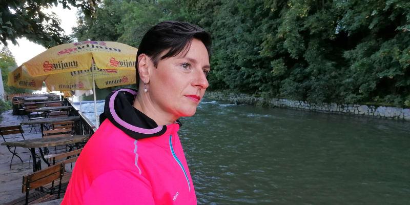 Zuzana Bočková u řeky Bečvy