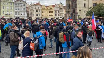 Organizátor protestu: Vláda se snaží do davu nasadit provokatéry, magistrát vyhrožuje