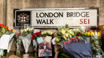 Odsouzený vrah se postavil teroristovi na London Bridge. Za hrdinský čin dostal milost