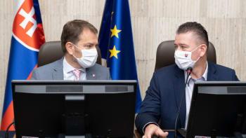 Slovensko má jít po stopách Česka. Nastane částečný lockdown