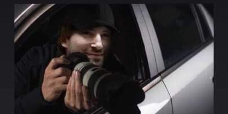Bývalý ministr Adam Vojtěch jako bulvární fotograf