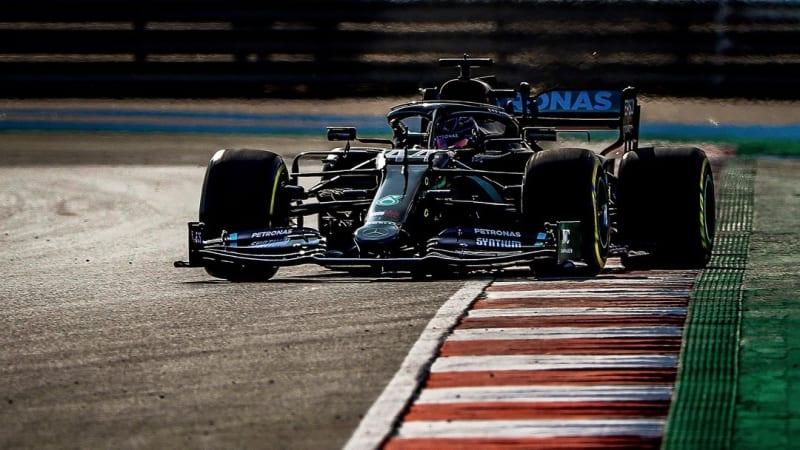 Hamilton překonal Schumachera. Své 92. vítězství v F1 ukořistil v Portugalsku