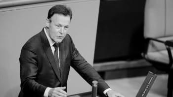 Náhlá smrt místopředsedy německého parlamentu. Zkolaboval před televizním natáčením