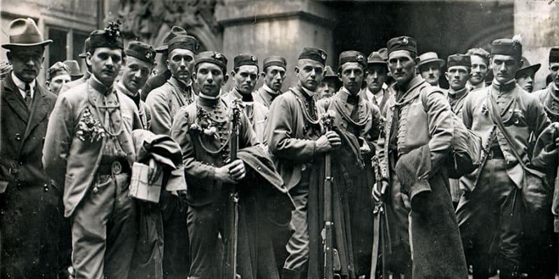 Sokolská mobilizace z Poděbrad formuje pomoc k dobytí Slovenska.