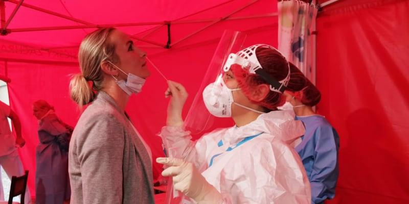 Testování ve Všeobecné fakultní nemocnici