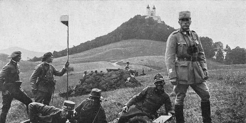 Český generál Josef Šnejdárek se svými voják v Bánské Štiavnici