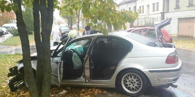 Při nehodě ve Vysokém Mýtě se zranilo 7 lidí