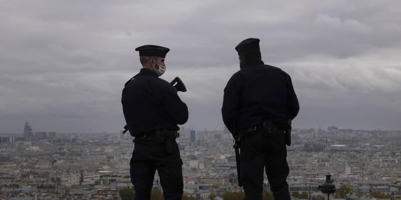 Policie zatkla kvůli útoku v Nice třetí osobu