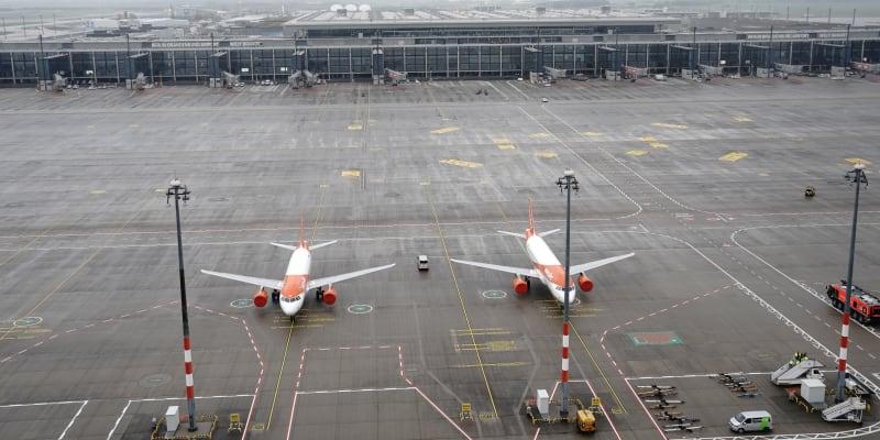 Nový letecký uzel jako první přijal dva stroje společností Lufthansa a easyJet