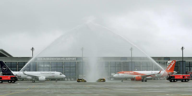 S devítiletým zpožděním se v sobotu otevřelo berlínské letiště Willyho Brandta