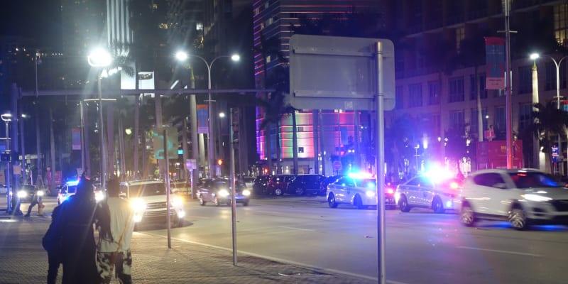 Zásah policie v ulicích Miami