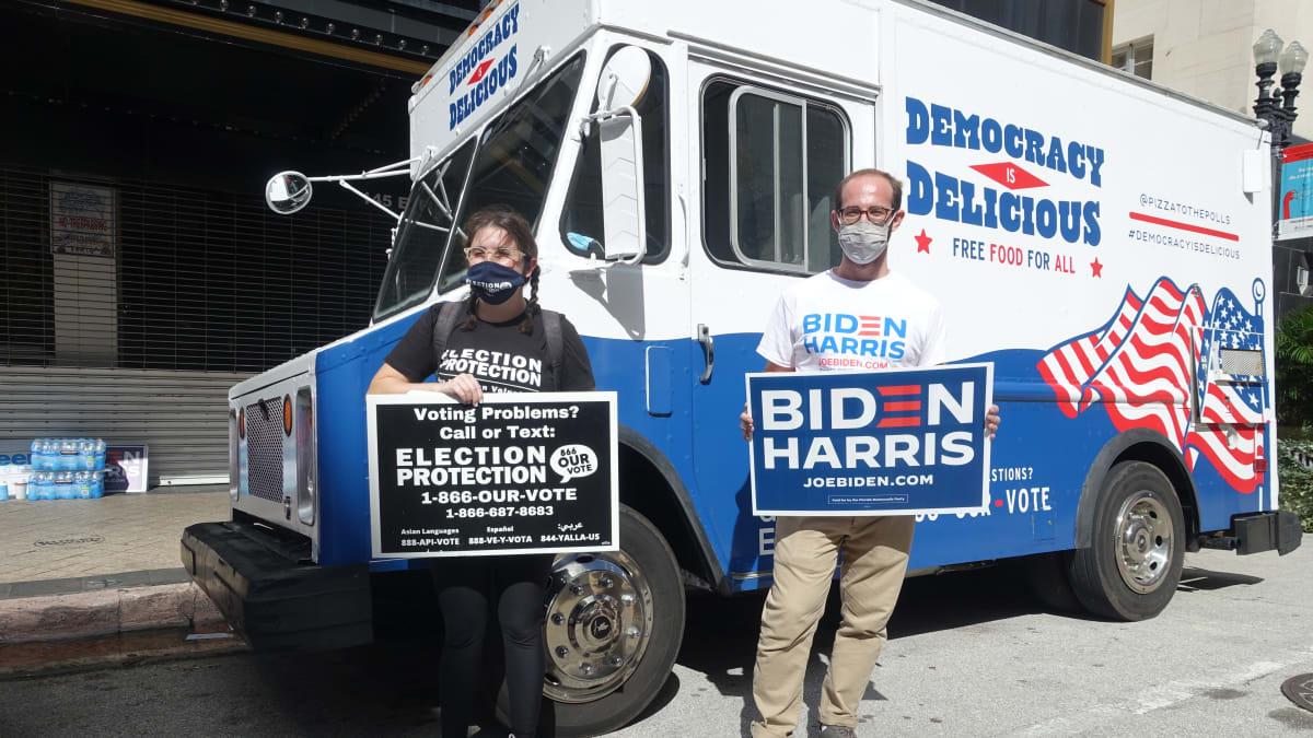 Volební agitace v době voleb není v USA problém.