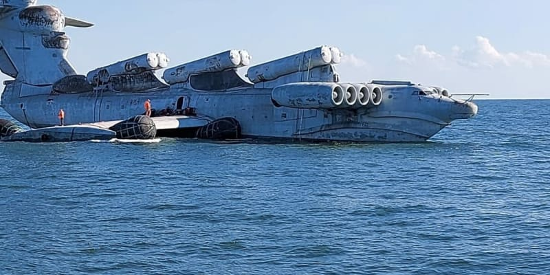 Ekranoplan neboli kaspická mořská příšera nyní výjimečně na vodě