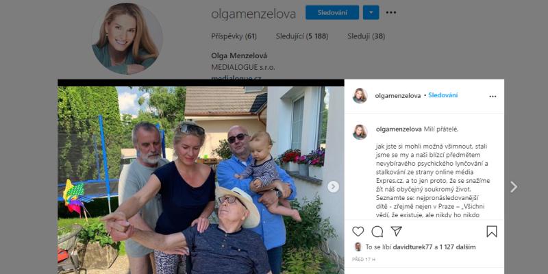 Olga Menzelová si stěžuje na novináře.