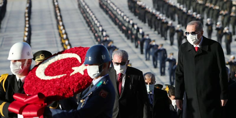 Turecko si letos připomnělo 82. výročí úmrtí Mustafy Kemala.