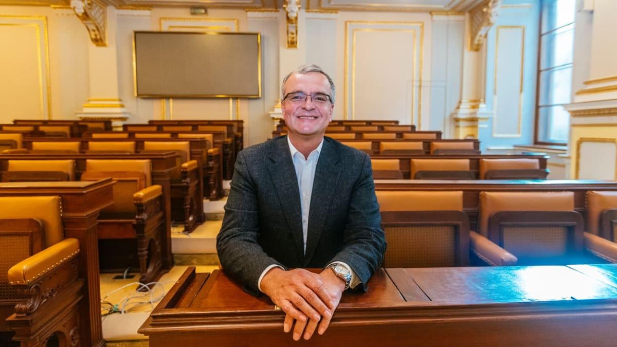 Miroslav Kalousek odchází ze Sněmovny, vzdal se poslaneckého mandátu