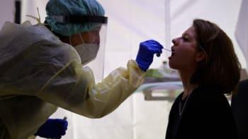 Sledujte ŽIVĚ: Britská mutace koronaviru je v Česku. Jaké představuje nebezpečí?