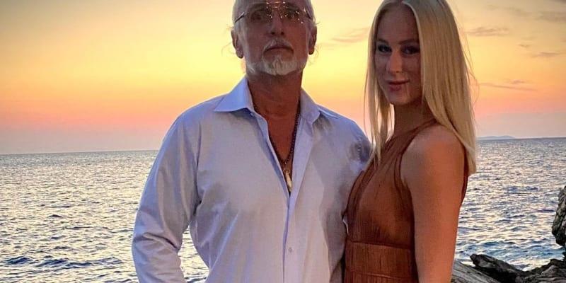 Anna Marie Kánská, chodí s miliardářem už čtyři měsíce.