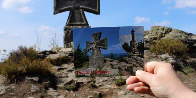 Pohlednice ze Štěpánky uvádějí, že jde o maltézský kříž.