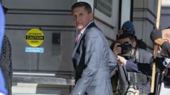 Trump omilostnil svého bývalého poradce Flynna. Ten dříve přiznal, že lhal FBI