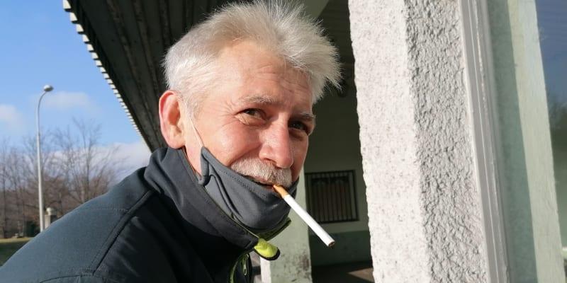 Jeden z mála havířů Dolu Darkov, kterému útlum nevadí. Na jaře jde do důchodu, který si chce užít v Kroměříži.
