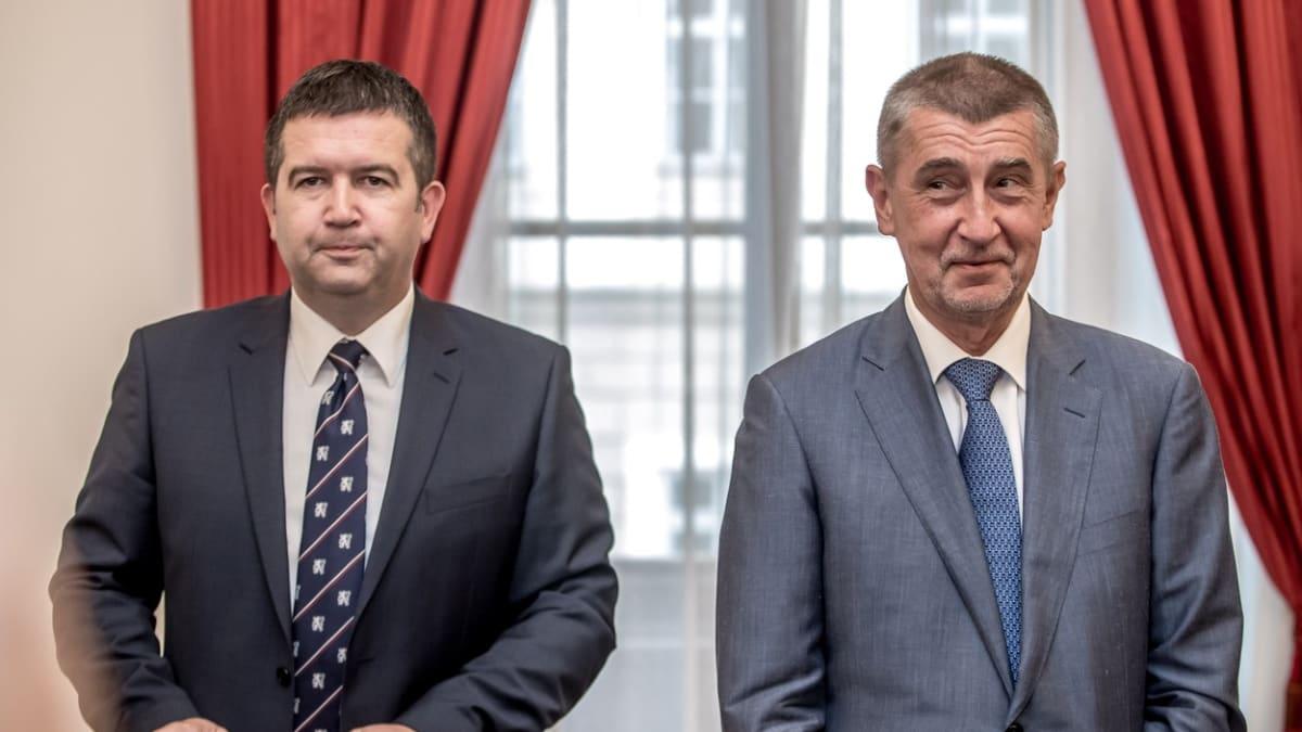 Babiš: Kdyby ČSSD odešla, vezmu na Hrad pět jmen a vláda bude pokračovat