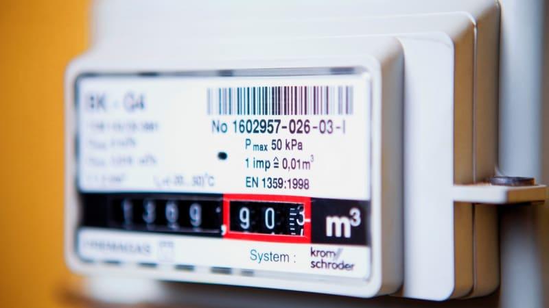 Cena elektřiny a plynu klesne domácnostem ve většině republiky, firmy si naopak připlatí