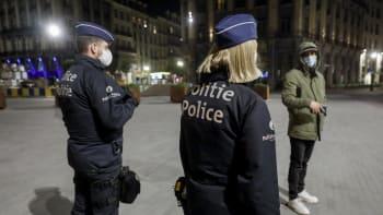 Policejní razie v bruselském gay baru: Párty se účastnil i Orbánův europoslanec