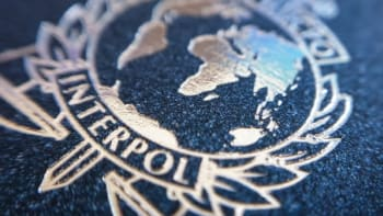 Falešné vakcíny proti koronaviru mohou ohrozit zdraví i životy, varuje Interpol
