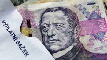 Průměrná mzda v Česku dosáhla 35 402 korun. Je o 5,1 procenta vyšší než loni