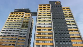 Chlapec se zřítil z 19. patra jednoho z nejvyšších domů Česka. Je v nemocnici
