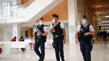 Islámský stát plánuje o Vánocích další útoky v Evropě, varuje bývalý agent MI6