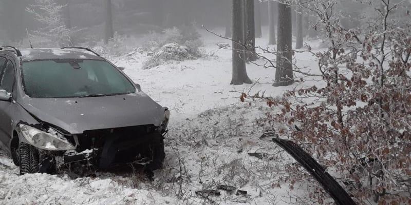 Nehody automobilů na Vysočině (Zdroj: Hasiči)