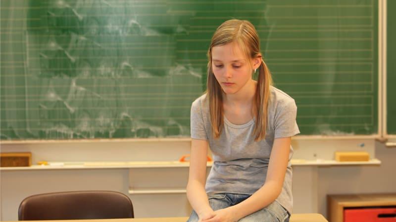 Studenti mají kvůli on-line výuce psychické potíže, ukázal průzkum. Neudrží pozornost