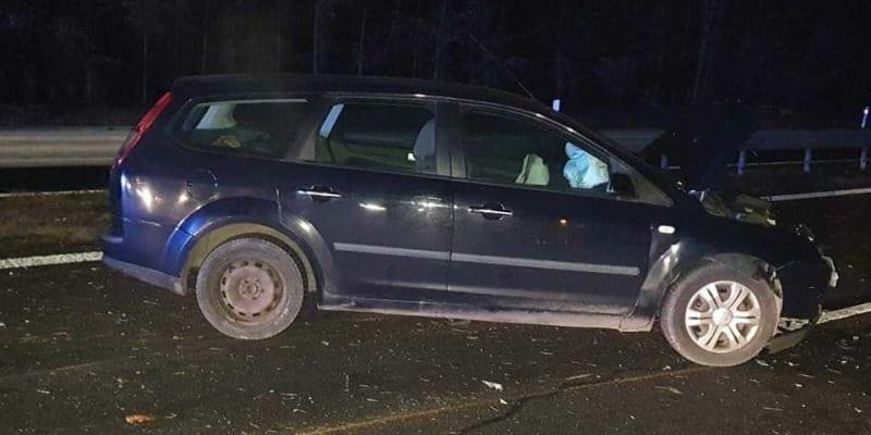 Při nehodách na dálnici D4 u Voznice na Příbramsku se ve čtvrtek večer lehce zranili tři lidé.