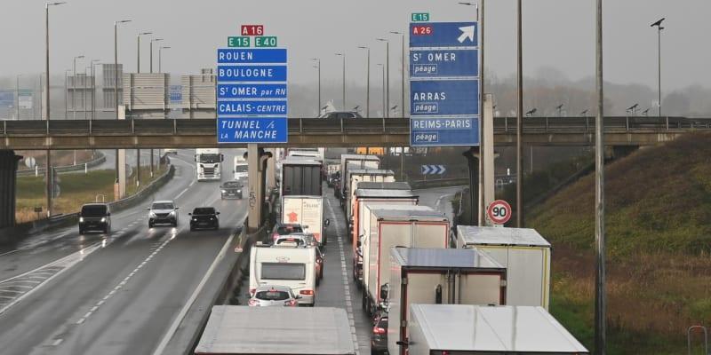 Kolony u francouzského Calais
