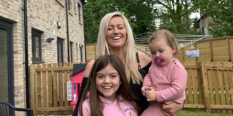Mladá maminka dvou holčiček zemřela na Štědrý den. Trpěla vážnou nemocí.