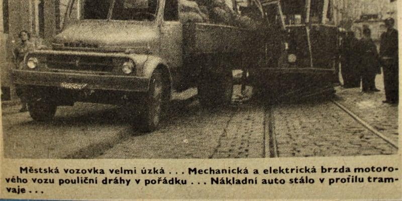 Dopravní nehoda z roku 1960, snímek z časopisu VTM