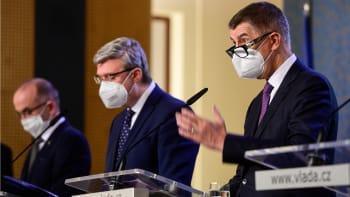 Čekáme na tiskovou konferenci: Jak vláda změní systém PES?