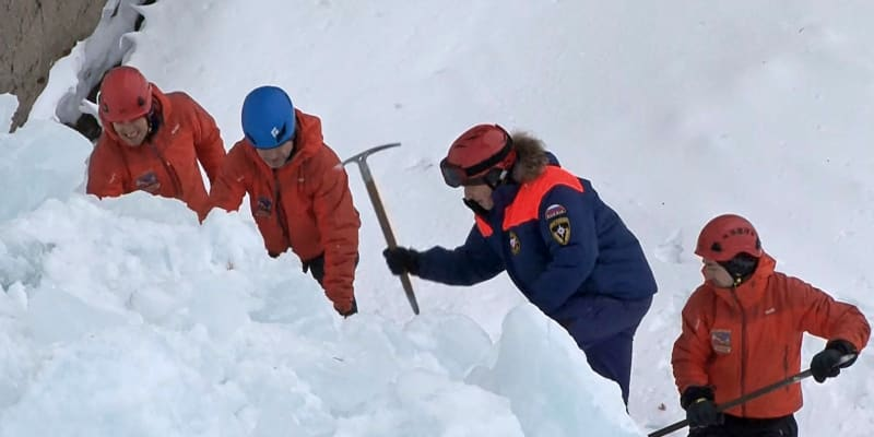 V Rusku zabil rampouch ze zmrzlého vodopádu jednoho člověka