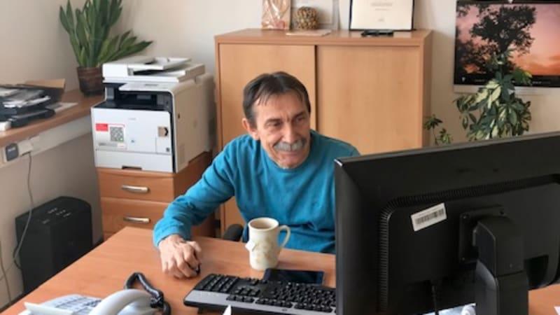 Sehnat práci může u handicapovaného zabránit tragédii, vypráví vozíčkář Jaromír