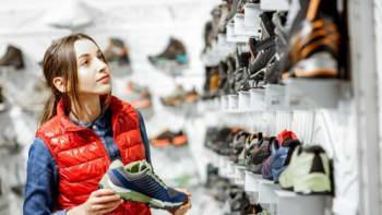 Sledujte ŽIVĚ Hlavní zprávy: Obchody dokončují přípravy na znovuotevření