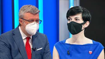 Sledujte ŽIVĚ Partii: Duel Karla Havlíčka a Markéty Pekarové ke koronavirové krizi