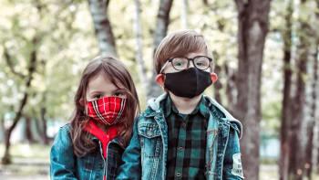 Viroložka: Děti jsou častými přenašeči covidu. Proč pro ně očkování není vhodné?