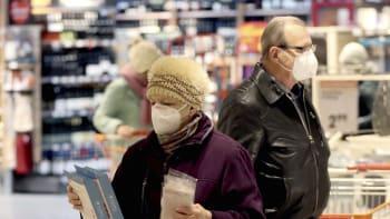 Povinné respirátory v Česku stále ve hře. K dostání by mohly být i v obchodech