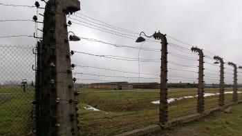 Reportáž z Osvětimi. Jak se žije ve stínu koncentráku s 1,3 milionu obětí