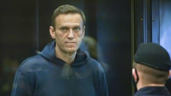 Brzy už nebudeme mít koho léčit, varují lékaři. Navalného vyzvali, aby ukončil hladovku