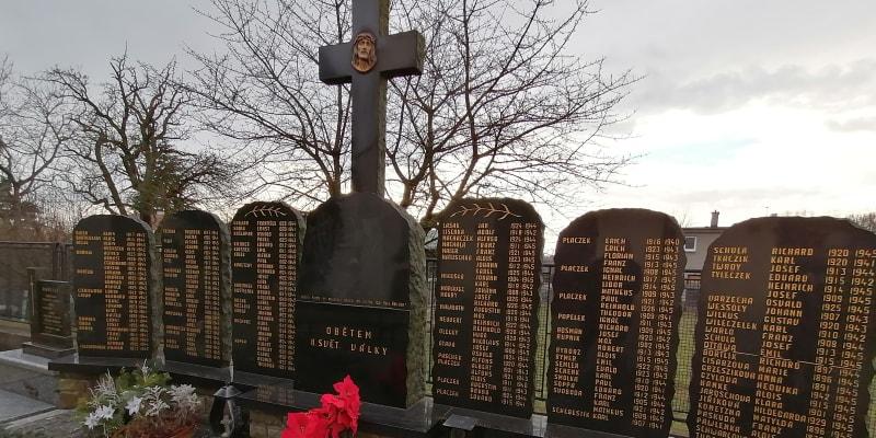 Pomník padlým vojákům wehrmachtu v obci Hať na Hlučínsku
