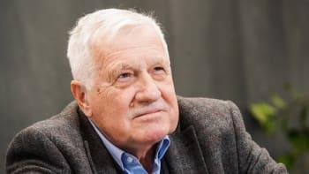 Klaus o možné kandidatuře: Budu noční můrou politiků, v útocích kritiků si lebedím